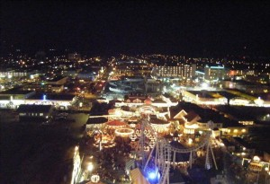 800px-Wildwood_night_view_from_Mariner's_Landing_ferris_wheel